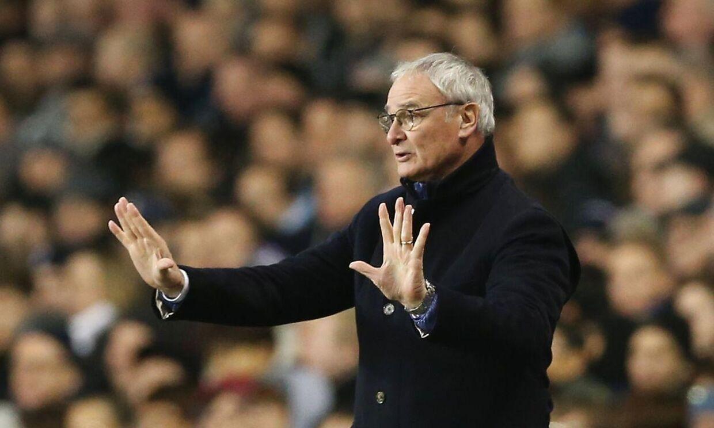 Leicester-manager Claudio Ranieri ønsker sig, at hans hold forbliver roligt, selvom de indtager andenpladsen i Premier League.