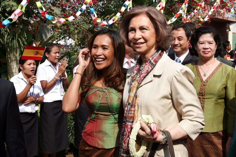 Somaly Mam med dronning Sofia af Spanien, da de mødtes i anledning af hendes organisationsarbejde i 2008 i den cambodjanske hovedstad Phnom Penh.