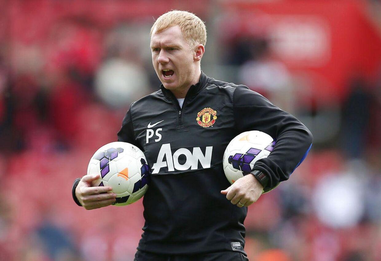 Paul Scholes, da han var en del af trænerstaben i Manchester United i 2014. I dag er han ekspert på britisk tv