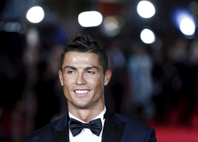 Cristiano Ronaldo på den røde løber til premieren på filmen om sig selv 'Ronaldo - The Movie'.