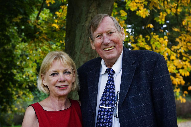 Grevinde Anne Dorte af Rosenborg (t.v.) sammen med sin mand Grev Christian af Rosenborg (t.h.) Den 70-årige greve sov stille ind på Gentofte Hospital i maj sidste år.