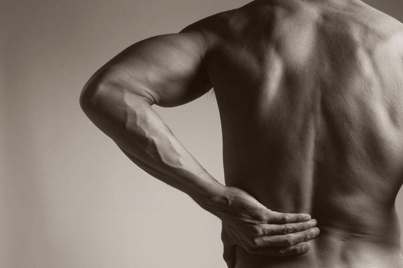Hvis du oplever ondt i ryggen, kan de hjælpe at bevæge dig. Arkivfoto: Scanpix