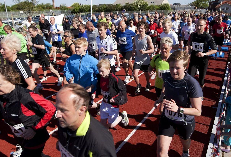 Har du tænkt dig at løbe halvmaraton i 2012? Så bliver du godt klædt på med B.T. Plus' halvmaratonguide. Billedet her er fra Fjordløbet 2011.