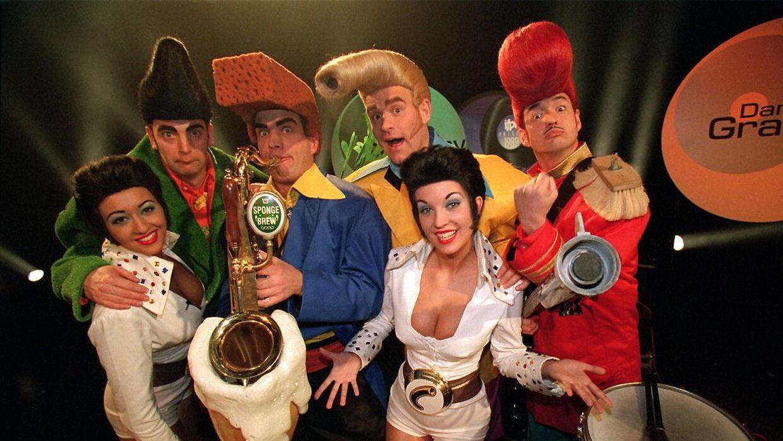 Karina Jensen, nederst til højre, var kendt som Boop i bandet Cartoons.