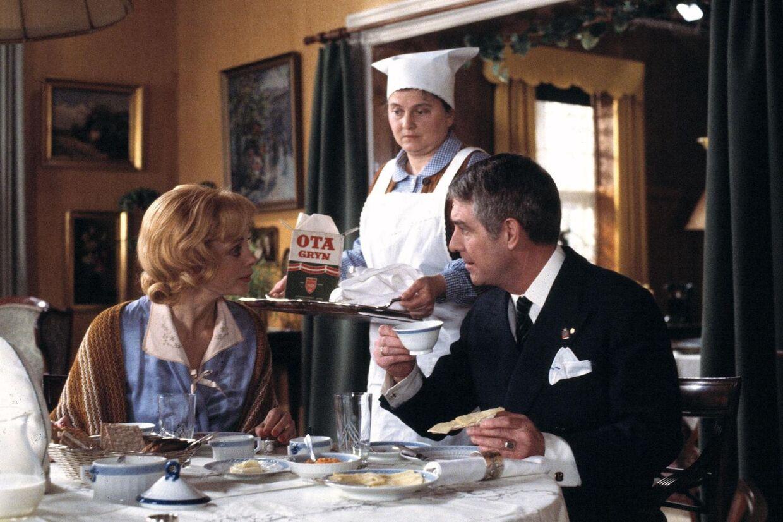 Tv-serien Matador var i 24 afsnit. Men faktisk havde Lise Nørgaard 24 afsnit mere på tegnebrættet.