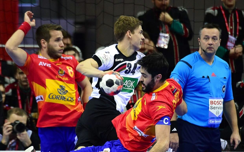 Tyskland er på vej mod EM-guld i finalen mod Spanien.