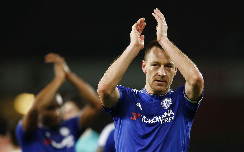 Chelsea-kaptajn John Terry får ikke forlænget sin kontrakt med Chelsea, når den løber ud til sommer.