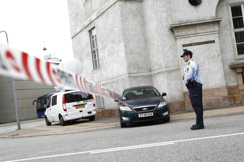 En pirat-taxa chauffør er blevet fremstillet ved Københavns dommervagt, efter han røvede passager med pistol. (Foto: Niels Ahlmann Olesen/Scanpix 2012)