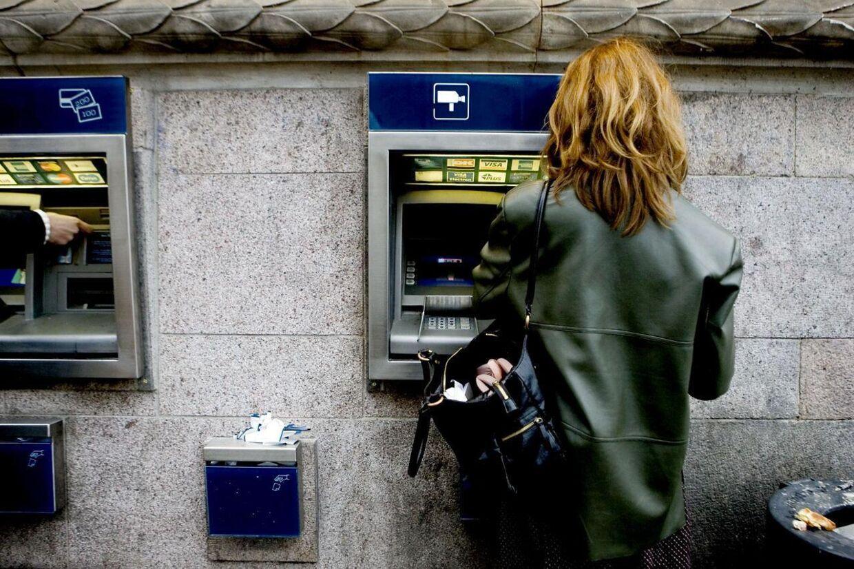 Nu skal man betale abonnement for at være kunde i Danske Bank. Arkivfoto: Uffe Weng