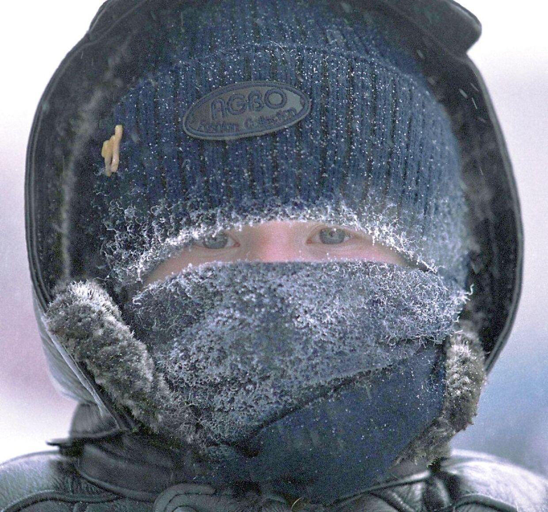 Klæd dig rigtig varmt på. Kraftig blæst får i dag kulden til at føles som 20 minusgrader.