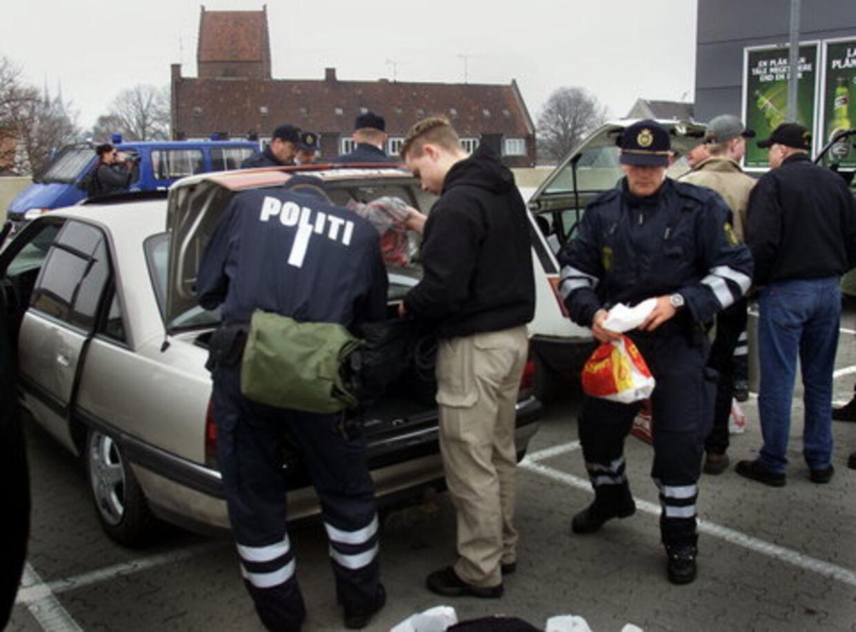 hvornår må politiet konfiskere en bil