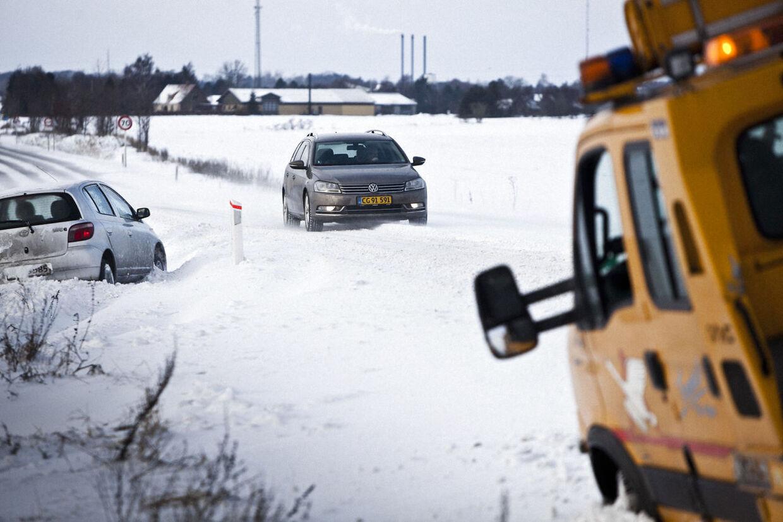 Danmark er ramt af sne. Her Næstved Landevej 11. december.
