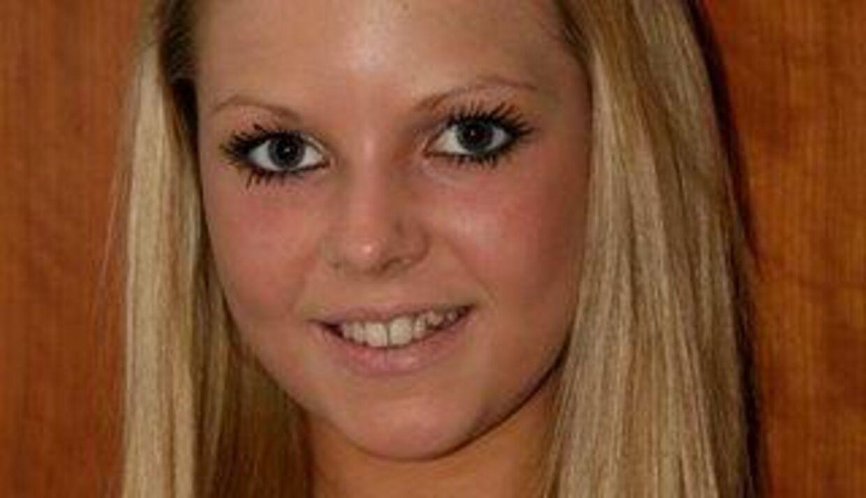 Den 15-årige Julie gik mandag fra et behandlingshjem i Nærum, hvor hun er indlagt for en alvorlig spiseforstyrrelse.