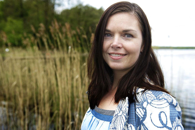 Venstres boligordfører Louise Schack Elholm anklager rød blok for at begå magtmisbrug i Folketingets boligudvalg.