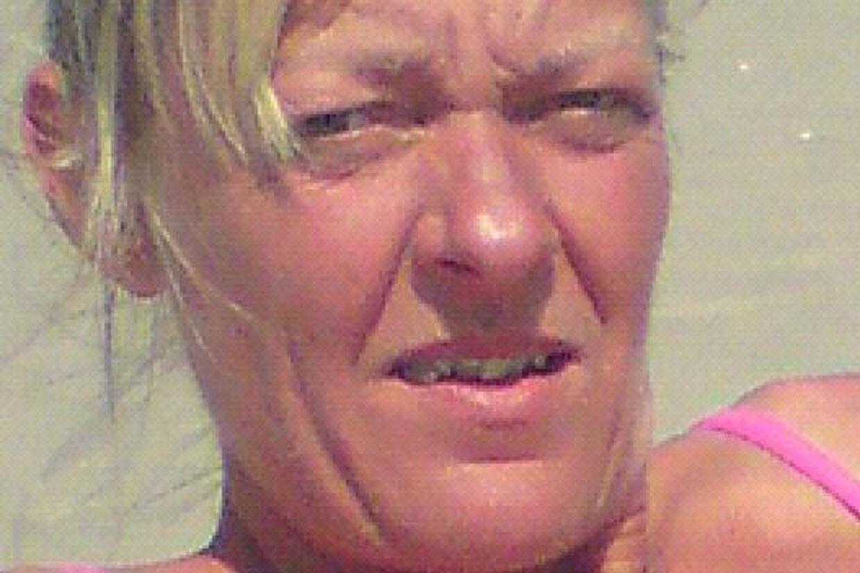 LisbetNielsen mødte Bjarne Østergaard Madsen på et datingsite. Mødet kostede hende formentlig livet. Politiet mener, at hende nu afdødeelsker slog hende ihjel.