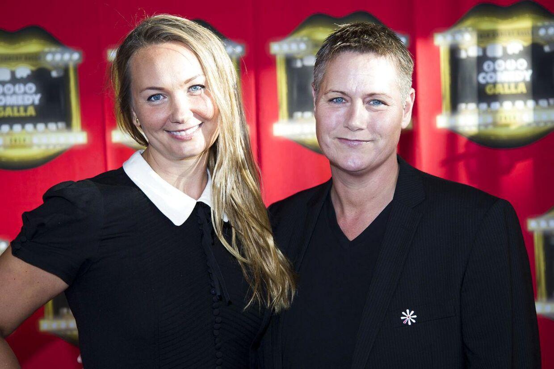 Christina Sederqvist (t.v) med kæresten Dorthe Høyer ved Zulu Comedy Galla 2014.