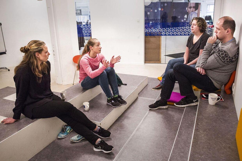 Deltagerne samt træneren, som skal lave en Powerman til foråret. Her ses Josefine Boel Rasmussen, træner Tanja Hultengren Larsson, Christine Jørgensen og Renè Nielsen.