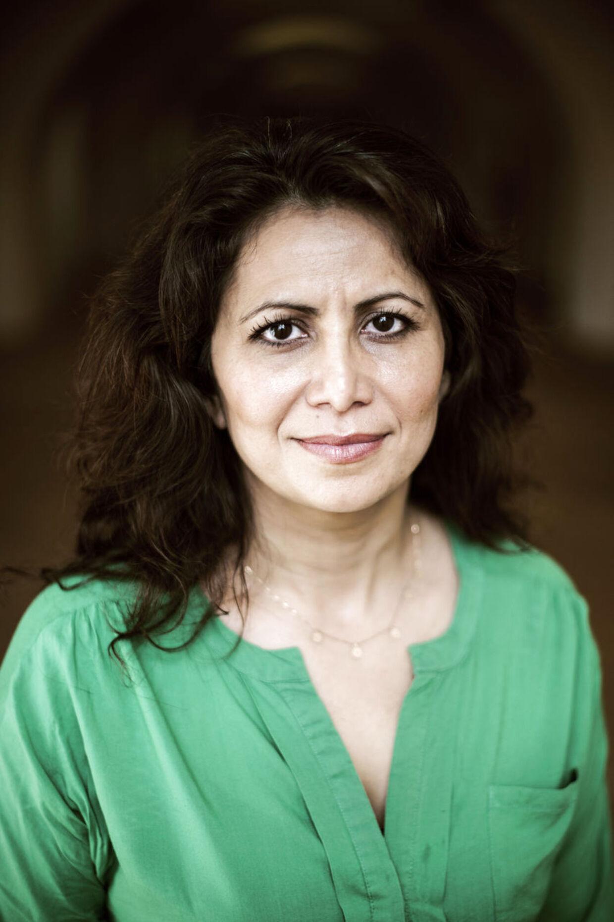 SF's sundheds- og psykiatriordfører Özlem Cekic har flere gange gjort sig bemærket i den offentlige debat, siden hun i 2007 blev valgt ind i Folketinget. Mange husker sikkert, da hun i 2011 præsenterede den anonyme bistandsklient 'Carina', der skulle agere eksempel på en fattig.