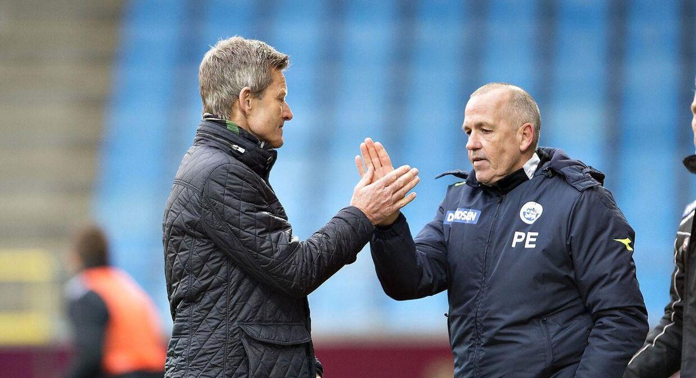 Peter Enevoldsen, til højre, har tidligere i Sønderjyske været assistent for Lars Søndergaard, der nu er cheftræner i AaB.