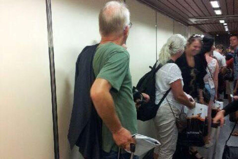 Villy Søvndal blev fredag den 3. juli 2015 set på vej ind i et Ryanair-fly i Málaga lufthavn.