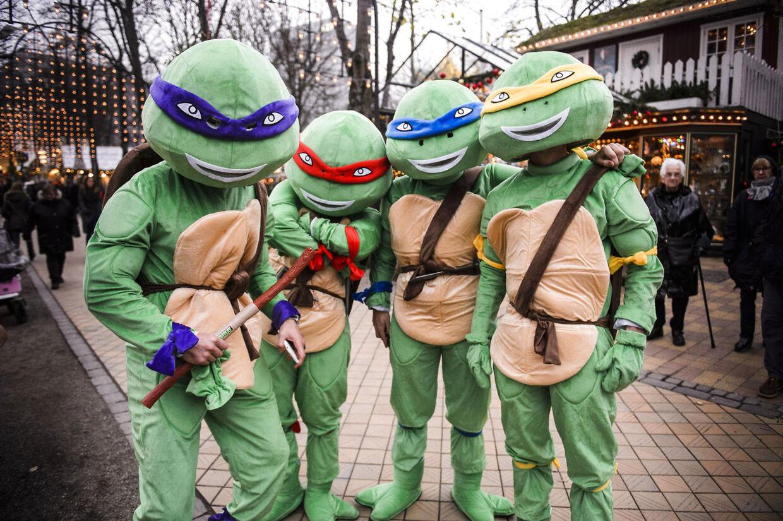 Leicester City-spillere udklædt som blandt andet Ninja Turtles i tivoli i København