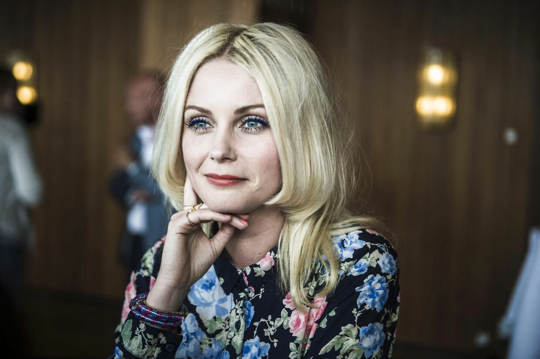 Den 31-årige sangerinde Mette Lindberg, der er kendt fra bandet The Asteroids Galaxy Tour, afløser Lina Rafn som dommer i X-Factor.