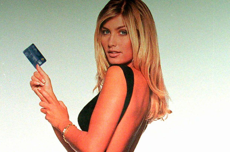 PolfotoAt bruge Tina Kjær som reklamesøjle for Acceptcard var ikke nogen dårlig ide - 100.000 danskere erhvervede sig efterfølgende kortet.