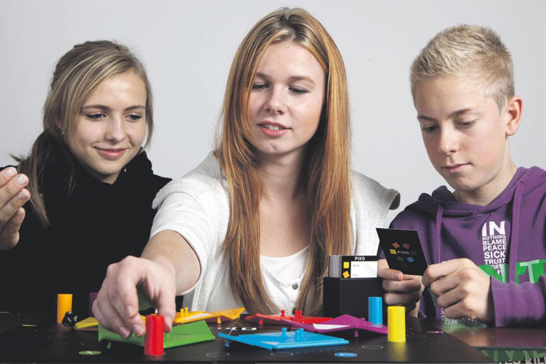 Brætspil er lig med hygge og samvær - også selv om man konkurrerer mod hinanden.