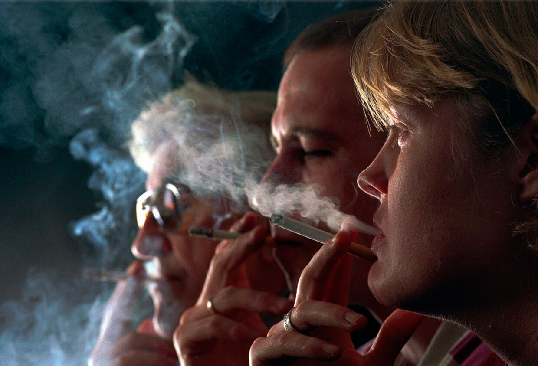 Bertel Haarders udtalelser om passiv rygning har skabt debat.