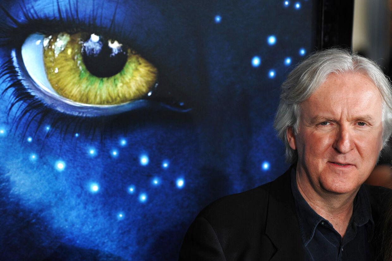 En amerikansk dommer har beordret den amerikanske instruktør James Cameron til at udlevere sine første manuskriptudkast til 'Avatar' til en mand, der hævder at ideerne i storfilmen er stjålet fra ham.