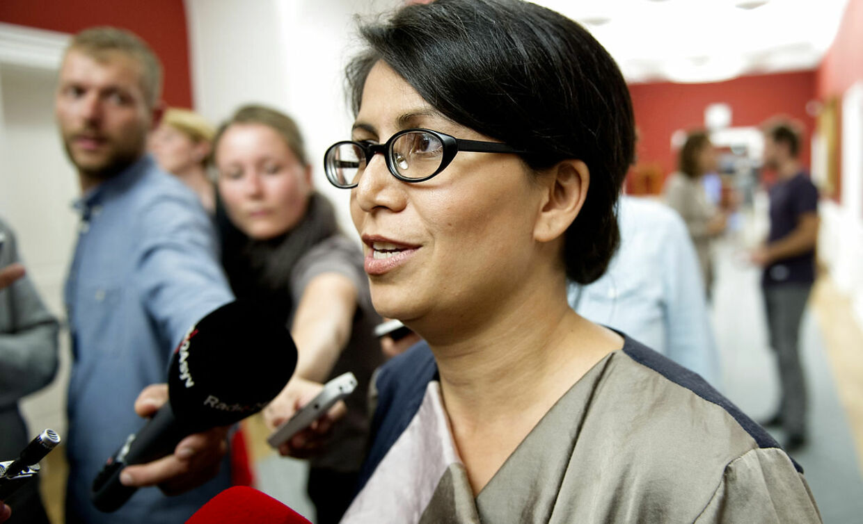 Meget tyder på, at Annette Vilhelmsen vil give SF-rebellen Özlem Cekic et ordførerskab. Det er et klogt træk, vurderer Berlingskes politiske kommentator.