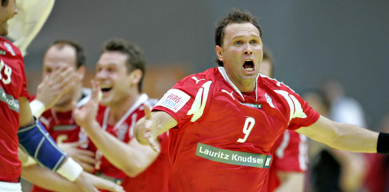 Lars Christiansen sikrede Danmark pladsen i EM-finalen med sin scoring på straffekast tre sekunder før tid.