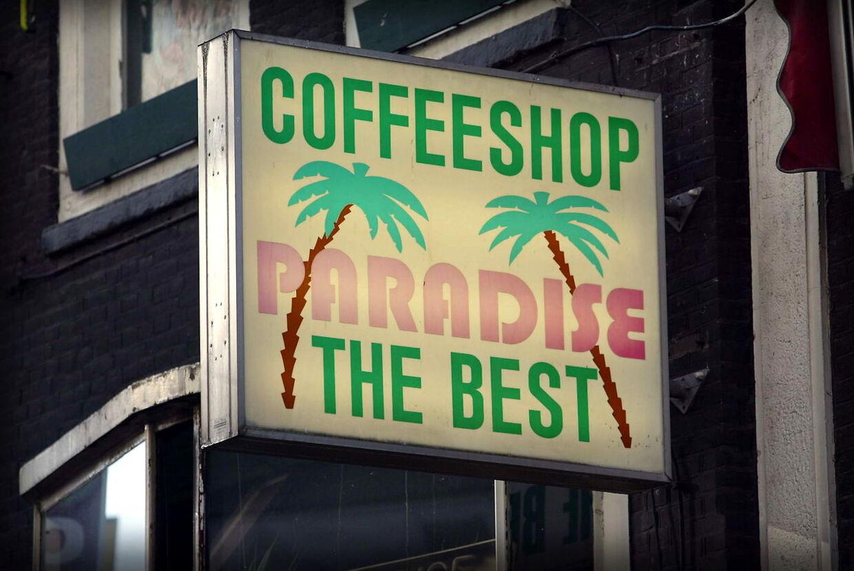 Coffeshop hvor man kan købe og ryge hash i alle mulige afskygninger.