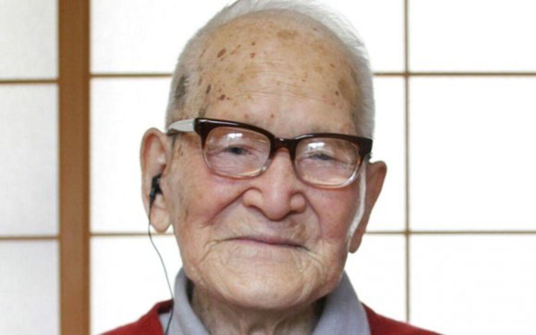 115-årige Jiroemon Kimura er verdens ældste mand og den sidste levende mand født i 1800-tallet.