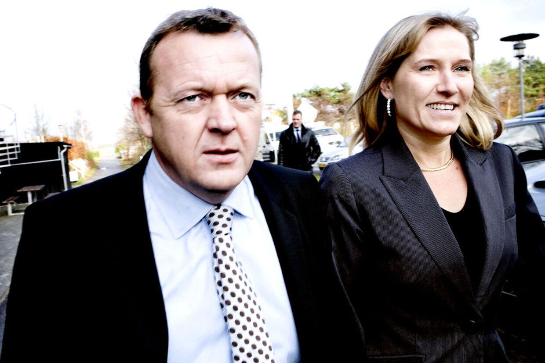 Lars Løkke og hans hustru Sólsun er ifølge Ekstra Bladet dybt forgældede. (Arkivfoto)