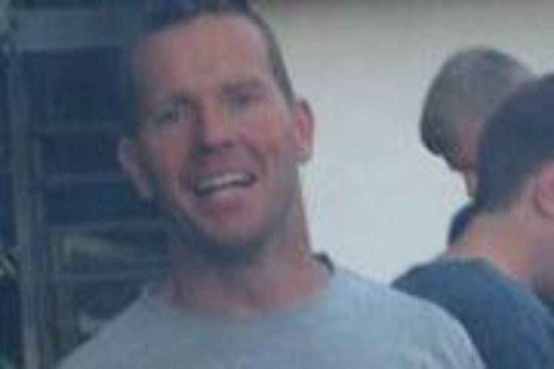 Den forsvundne efterskolelærer Michael Jørgensen er nu fundet. Nu er spørgsmålet, om han havde en redningsvest på eller ej.