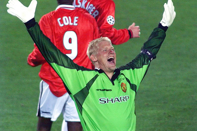 Peter Schmeichel jubler her over sejren i Champions League i 1999. Til efteråret skal han i engelsk fodbolds Hall of Fame.