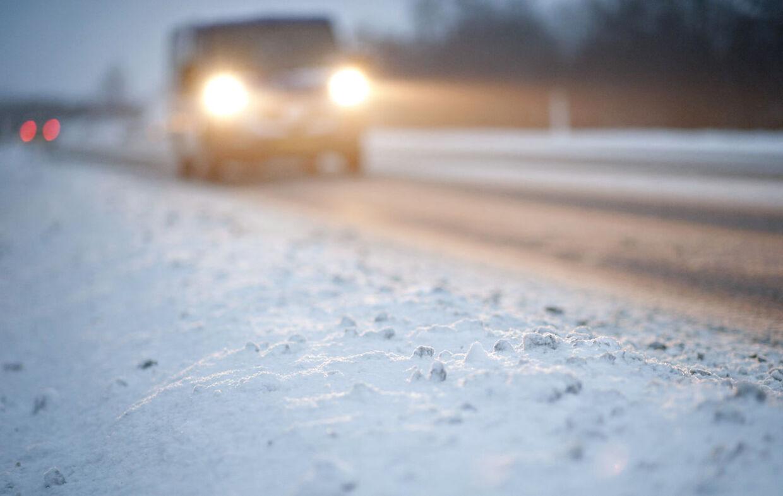 Glatte veje i hele landet søndag morgen. Arkivfoto