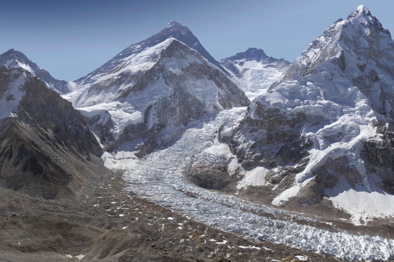 Her er en almindelig gengivelse af det enormt detaljerede foto af Mount Everest. Du kan se originalbilledet på glacierworks.org