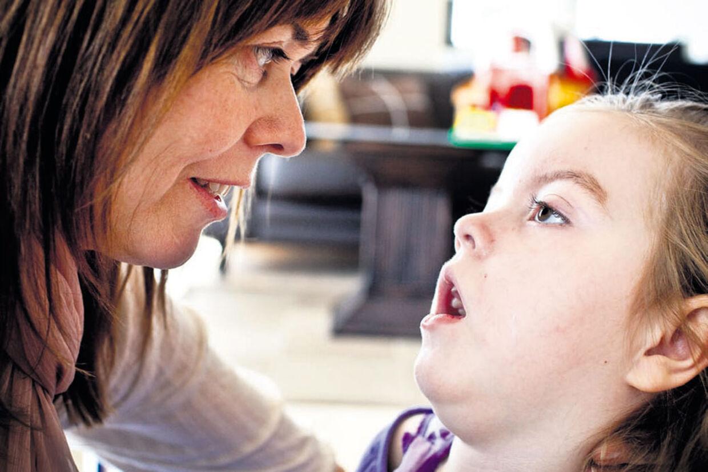 Marlene Sievers og tre-årige Sofie sætter sammen med far Thomas snart kursen mod Beijing og den stamcellebehandling, som forhåbentlig kan afhjælpe Sofies mange epilepsianfald.