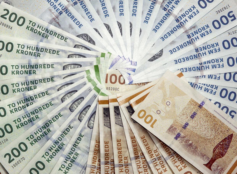 ARKIVFOTO 2011 af penge