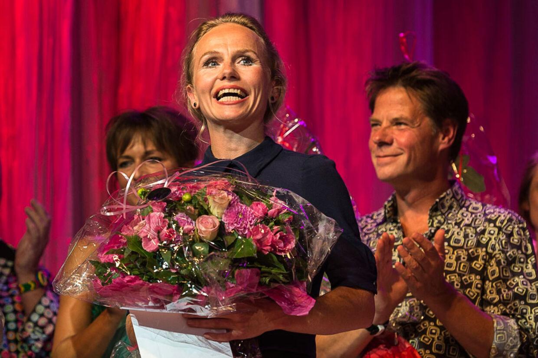 Mette G. Madsen vandt prisen som Årets Dirch, da årets revypriser blev uddelt i går.
