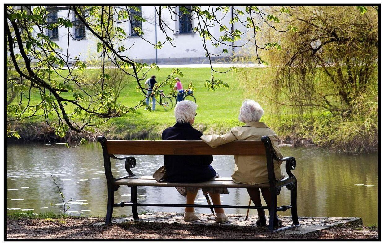 Danskernes gennemsnitlige levealder stiger med 3 år, hver gang vi lever ti år. Det svarer til et kvarter hver eneste time.