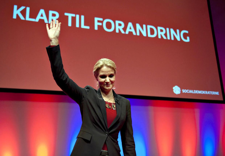 Klar til forandring? Danskerne vil hellere se Helle Thorning-Schmidt nøgen, end at høre på hendes politiske holdninger - hvis man altså skal stole på googles søgning.