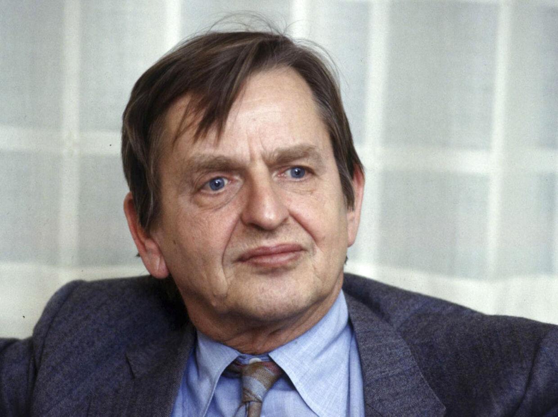 Det har i næsten 27 år været et mysterium, hvem der dræbte den svenske statsminister, Olof Palme. Mandag træder et vidne frem med nye oplysninger i en svensk avis.