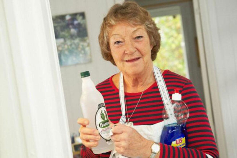 Hun er en ægte rengøringsekspert, oldfrue Grethe Henriksen, der i to årtier har gjort rent for dronninger og statsministre.