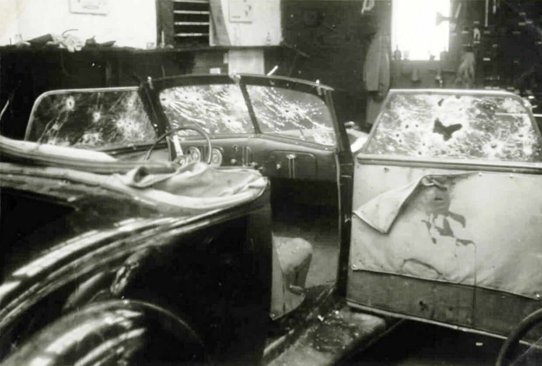 Den gennemhullede Ford V8 cabriolet, som de fire modstandsfolk blev nedskudt i.