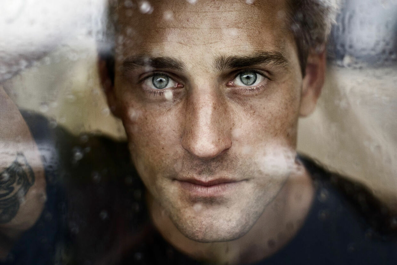 Oliver Bjerrehuus er fra næste uge aktuel med en ny doku-soap om sig selv og sit til tider kaotiske liv. Fotograferet hos SBS TV mandag d. 6. august. (Foto: Torkil Adsersen/Scanpix 2012)