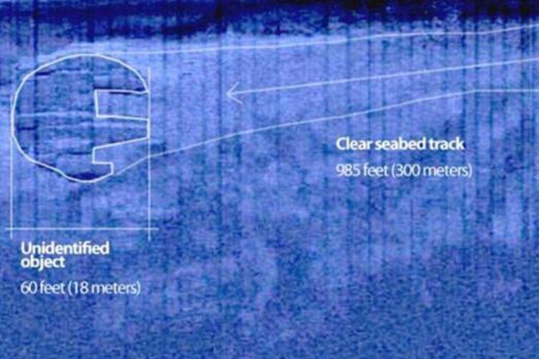 Dette billede af det mystiske objekt er taget af det svenske selverklærede holdet skattejægere kaldet Ocean X Team