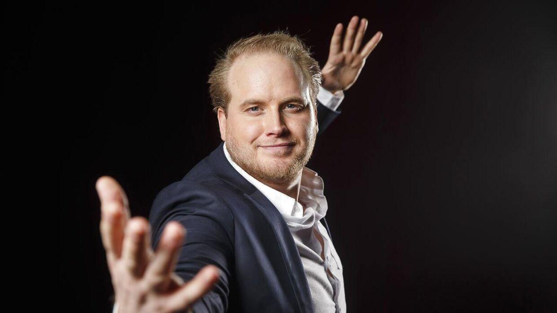 Her ses Freddy Kalas, der blev fotograferet i forbindelse med afsløringen af årets artister i det norske MGP.